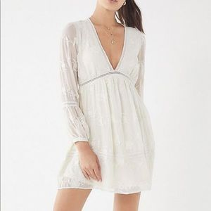 Urban outfitters white lace long sleeve dress